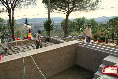 Piscina in graniglia di marmo san florian restauro e - Piscina interrata piccola ...